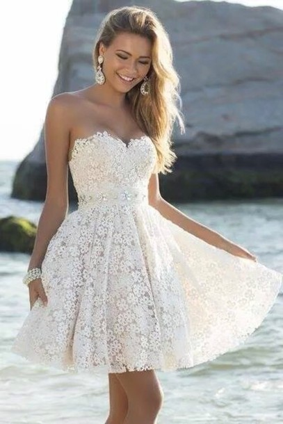 Floral Lace Sweetheart Short Skater Ruffled Homecoming Dress
